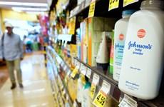 Johnson & Johnson ngừng bán phấn rôm có chứa bột Talc tại Mỹ và Canada