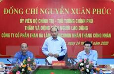 Thủ tướng Nguyễn Xuân Phúc nói chuyện với công nhân mỏ than Hà Lầm