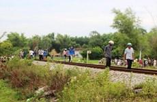 Người đàn ông bị tàu hỏa cán tử vong do nằm trên đường ray