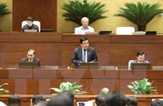 Tiếp thu ý kiến, hoàn thiện các nghị quyết trình Quốc hội giải quyết