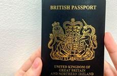 Hà Lan cho phép công dân sống ở Anh mang 2 quốc tịch