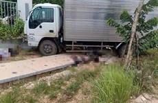 Vĩnh Phúc: Xe máy lao vào xe tải khiến 3 người thương vong