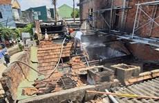 Hỏa hoạn thiêu rụi hai ngôi nhà liền kề tại thành phố Quảng Ngãi