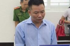 Chủ quán karaoke lưu hành tiền giả lĩnh 14 năm tù sau 10 năm bỏ trốn