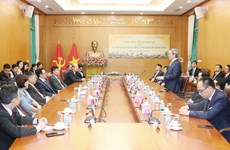 Ban Kinh tế Trung ương-Ban Đối ngoại Trung ương ký thỏa thuận hợp tác