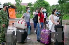 146 công dân từ Singapore về nước hoàn thành cách ly tại Sóc Trăng