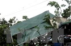 Bão số 9 cường độ mạnh ''thổi bay'' nhiều mái nhà ở Quảng Ngãi