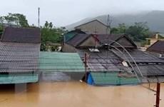 Nghệ An: Ngập lụt diện rộng, nước dâng đến tận nóc nhà dân