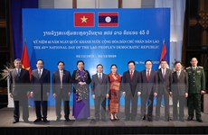 Chiêu đãi nhân kỷ niệm 45 năm Quốc khánh CHDCND Lào
