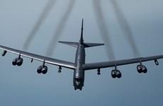 Lầu Năm Góc tiếp tục điều máy bay ném bom B-52 tới Trung Đông