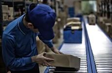 Ngành bưu chính Trung Quốc làm ăn phát đạt bất chấp dịch COVID-19
