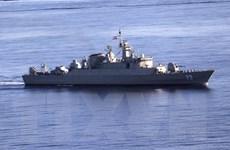 Chiến hạm Makran do Iran sản xuất tập trận tên lửa tại Vịnh Oman