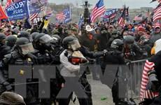 Bạo lực tại Đồi Capitol, công cụ Internet và nền dân chủ mong manh