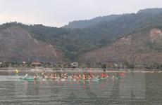 Lễ hội đua thuyền đuôi én - đậm đặc nét văn hóa Thái cổ ở Mường Lay