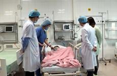 Phẫu thuật kịp thời lấy ra 10 viên nam châm trong ruột bệnh nhi