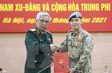 Trao quyết định cho sỹ quan Việt Nam thực hiện nhiệm vụ tại Trụ sở LHQ