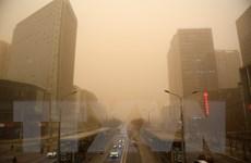 Ô nhiễm môi trường: Gió đổi chiều đưa cát và bụi trở lại Bắc Kinh
