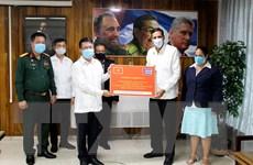 Trao thư, điện, quà của Đảng Cộng sản Việt Nam chúc mừng Đảng CS Cuba