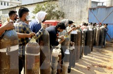 Bộ Quốc phòng Đức gửi máy thở và máy tạo oxy di động cho Ấn Độ