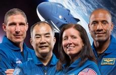 Tàu Crew Dragon của SpaceX đưa 4 phi hành gia trên ISS trở về Trái Đất