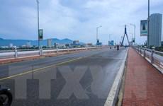COVID-19: Đà Nẵng tạm dừng ôtô khách, Vĩnh Phúc lập bản đồ dịch tễ
