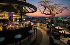 [Video] Khách sạn ở Hà Nội có tầng thượng đẹp nhất thế giới