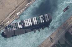 Tòa án Ai Cập ra phán quyết tiếp tục giữ tàu container Ever Given