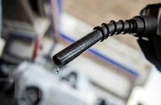 Giá dầu thế giới phiên 10/6 tăng lên mức cao nhất trong hơn hai năm