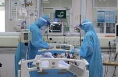 Thủ tướng khen thưởng 32 thầy thuốc tiêu biểu chống dịch COVID-19