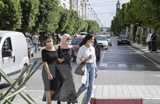 Dịch COVID-19 diễn biến nghiêm trọng, Tunisia phong tỏa thêm 3 tỉnh