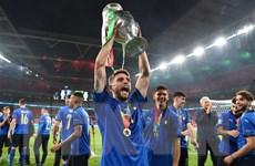 [Video] Italy ăn mừng chức vô địch EURO 2020, báo công với Tổng thống