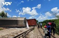 Quảng Trị: Khẩn trương khắc phục sự cố một tàu hỏa chở hàng bị lật