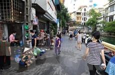 Dịch COVID-19: Nhiều chợ cóc, chợ tạm tại Hà Nội dừng hoạt động