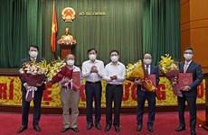 Bộ Tài chính trao quyết định bổ nhiệm hai Thứ trưởng mới