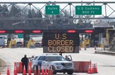 Mỹ gia hạn đóng cửa biên giới trên bộ với Canada và Mexico