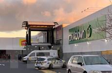 Cảnh sát New Zealand bắn hạ đối tượng tấn công khủng bố trong siêu thị
