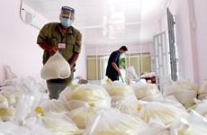 Long An: Cần thêm gần 2.400 tấn gạo hỗ trợ công nhân, lao động tự do