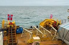 Anh bắt đầu vận hành tuyến cáp tải điện dưới biển dài nhất thế giới
