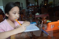Long An gấp rút mua máy tính hỗ trợ học sinh nghèo, cận nghèo