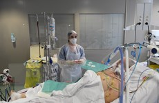Các cơ sở y tế của Pháp đối mặt tình trạng thiếu hụt y tá trầm trọng