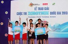 Việt Nam có 13 đội dự cuộc thi Robotics quốc tế 2013