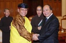Phó Thủ tướng tiếp Trưởng dòng Truyền thừa 12 Phật giáo Nepal