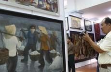 TP.HCM giới thiệu bộ sưu tập tranh sơn dầu từ năm 1987 đến nay