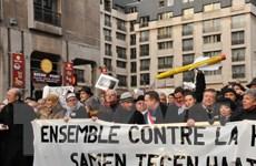 Tuần hành ở nhiều nước phản đối bạo lực và ủng hộ nhân dân Pháp
