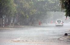Thời tiết giao mùa, cả nước nhiều nơi có mưa rào và dông
