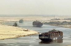 Ai Cập bắt đầu vận hành thử nghiệm trục kênh đào Suez mới