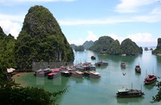 Quảng Ninh phấn đấu thành tỉnh dịch vụ, công nghiệp vào năm 2020