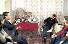 Người Việt ở Saint-Peterburg thăm hỏi gia đình nạn nhân máy bay rơi