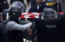 Pháp xem xét sửa đổi Hiến pháp nhằm tăng cường chống khủng bố