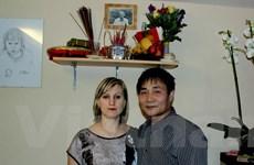 """Chuyện về """"cô Tây"""" chuyên khám phá bí quyết các nhà hàng Việt"""